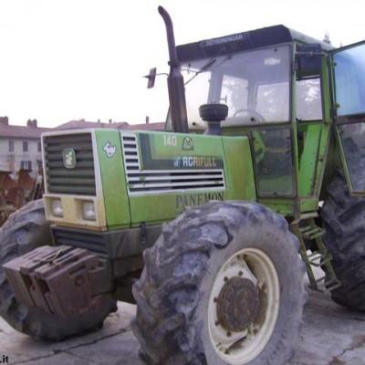 Cabine per trattori per modello AGRIFULL A 140 -0