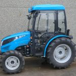 """Cabina per trattore LANDINI Serie 2 GE = 2-045 GE / 2-050 GE / 2-060 GE Modello """"STANDARD"""" (Larghezza al tetto 100cm)-8252"""